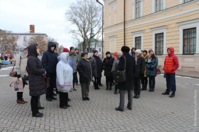 Вологда: экскурсовод А. Сазонов, на экскурсии в Вологду из Санкт-Петербурга