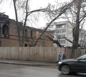 Дом на углу ул. Мальцева- Кирова