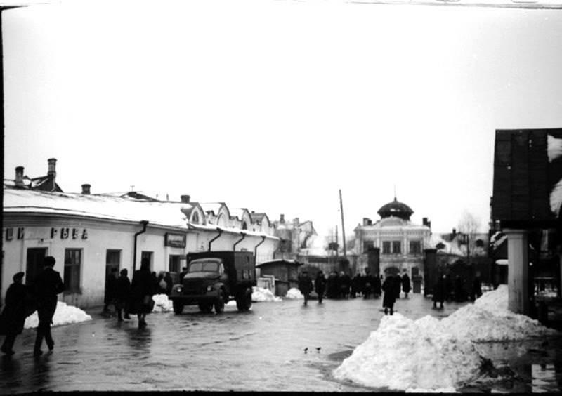 Вологодский рынок на Торговой площади